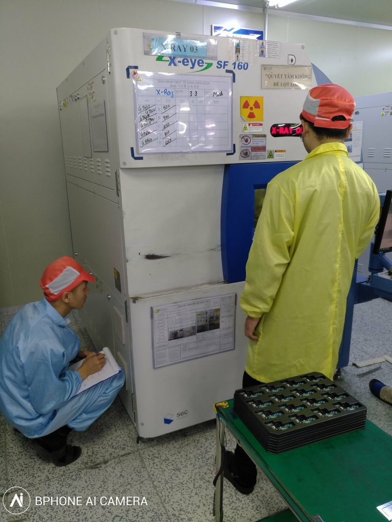 Kiểm xạ máy X-quang soi lỗi linh kiện